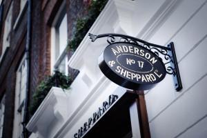 Anderson & Sheppard, una delle sartorie più affermate di Savile Row.