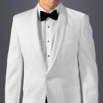 L'abito da uomo: Giacca Smoking Bianca. Può essere usata bianca (o écru) per feste serali, eventi all'aperto o in crociera.