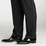 L'abito da uomo. Pantaloni smoking.
