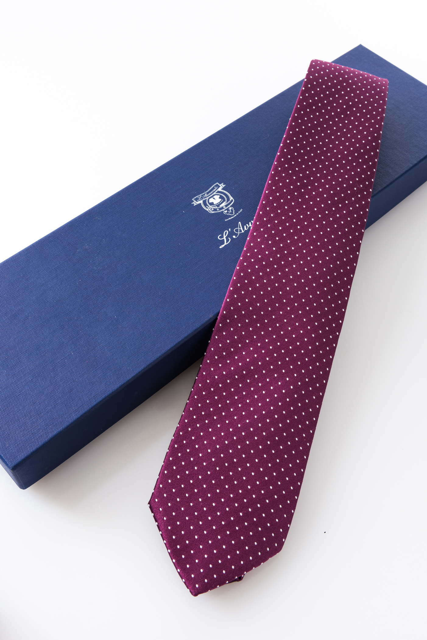 Lined Tie – Tassilo Prugna  – and its packaging