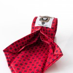 Cravatta Clara Rosso - dettaglio lavorazione sette pieghe
