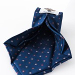 Cravatta Susanna Blu - dettaglio lavorazione sette pieghe