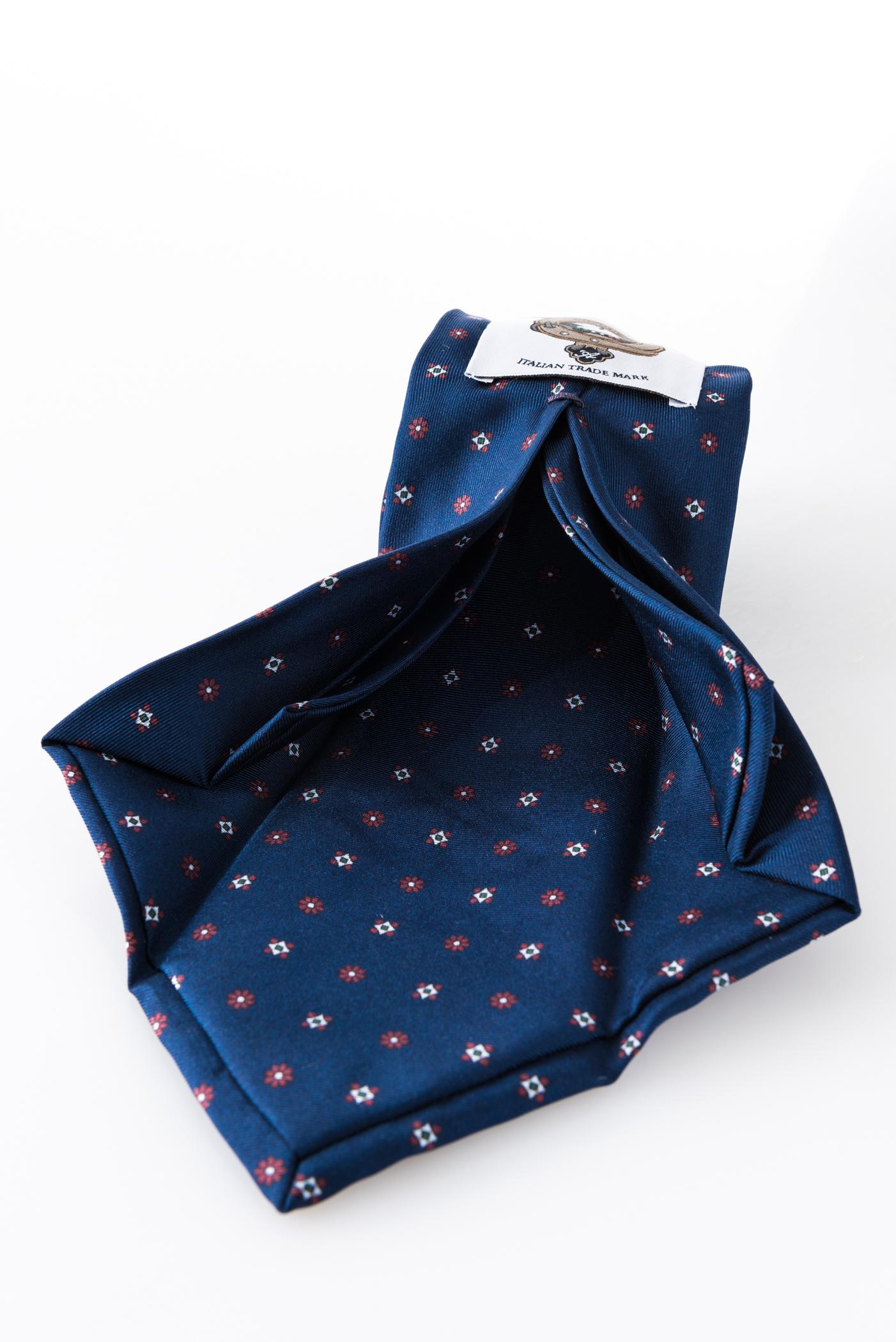 Seven-fold Tie – Susanna Blu – seven-fold detail