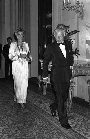 Giovanni Agnelli con la moglie Marella.