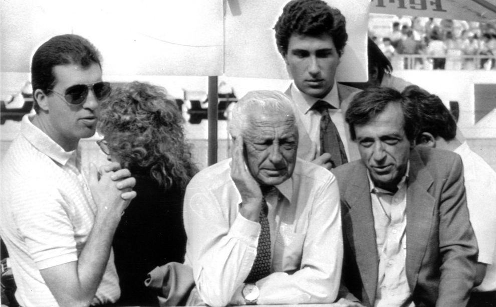 Pietro Lardi Ferrari, Gianni Agnelli con Vittorio Ghidella, a.d. della Fiat assistono alle prove di Formula 1, il 7 settembre 1985 a Monza.