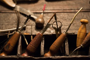 Il primo passo sulle orme dell'eleganza - alcune lesine per la realizzazione del broguering