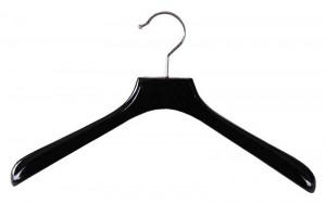 Gruccia in plastica- consigli su come organizzare il guardaroba