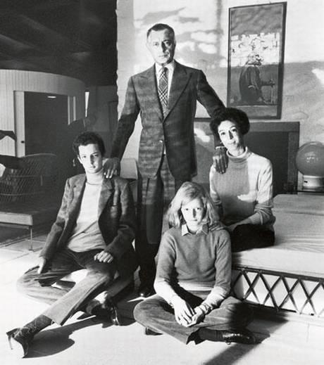 Gianni Agnelli and his wife Marella , his son Edward and his daughter Margherita , Villa Bona , 1968