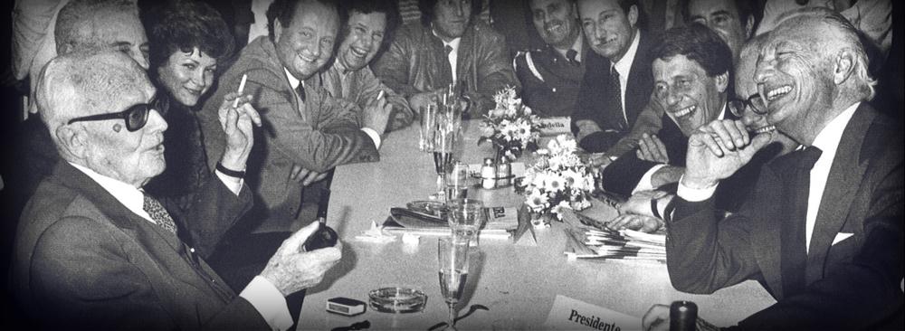 The visit of the Italian President Sandro Pertini to La Stampa in 1984 .