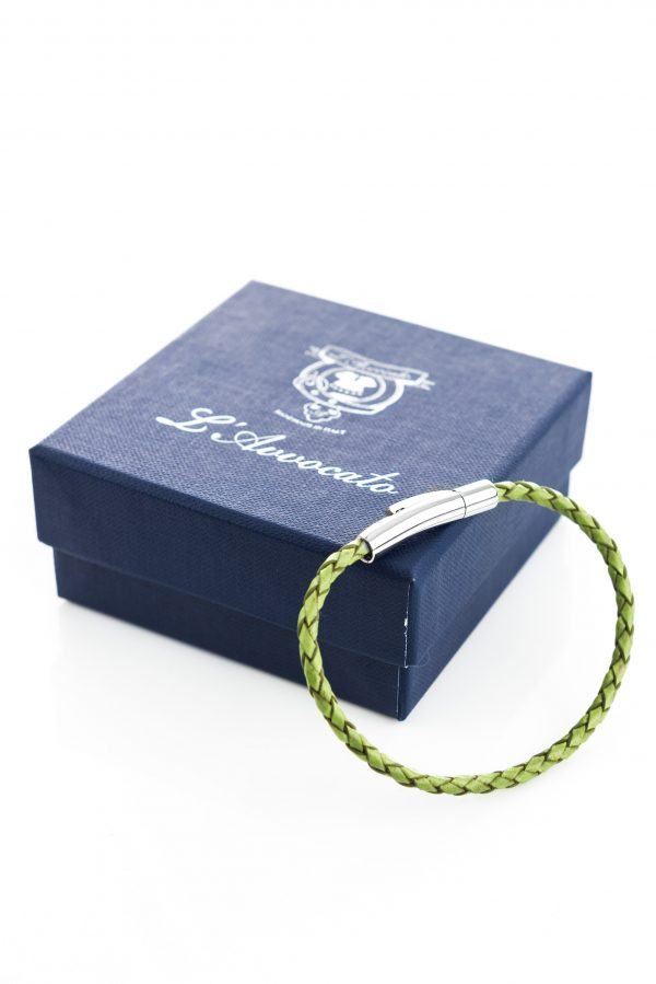 "Vowen green leather bracelet ""Skin"" L'Avvocato and  its packaging"