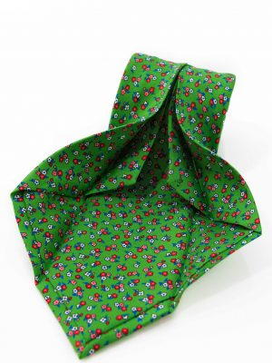 Cravatta Sette Pieghe Marella Verde Pastello Scuro- dettaglio lavorazione artigianale