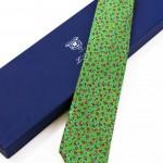 Cravatta Sette Pieghe Marella Verde Pastello Scuro e confezione